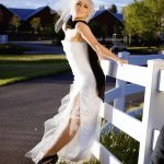 dramatic pose of bride - wedding photo by top Denver based wedding photographer Hardy Klahold