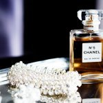 Wedding Photo with sparkly bridal jewelry and Chanel perfume by Olivia Leigh Photographie