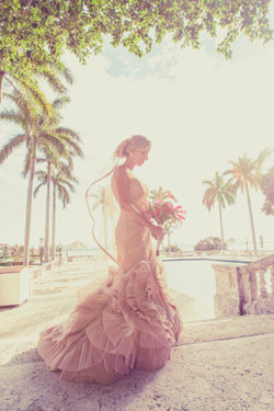 Florida wedding photographers - photo by Jonathan Scott