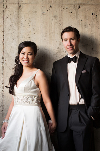 Chinese and Jewish Traditional Wedding with Circus and Trapeze Artists, Photographed by Cadence and Eli Photography
