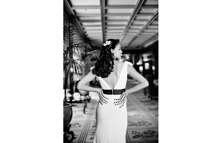 Stylish wedding photo by Helmutwalker Photography, top Dallas and destination wedding photographers
