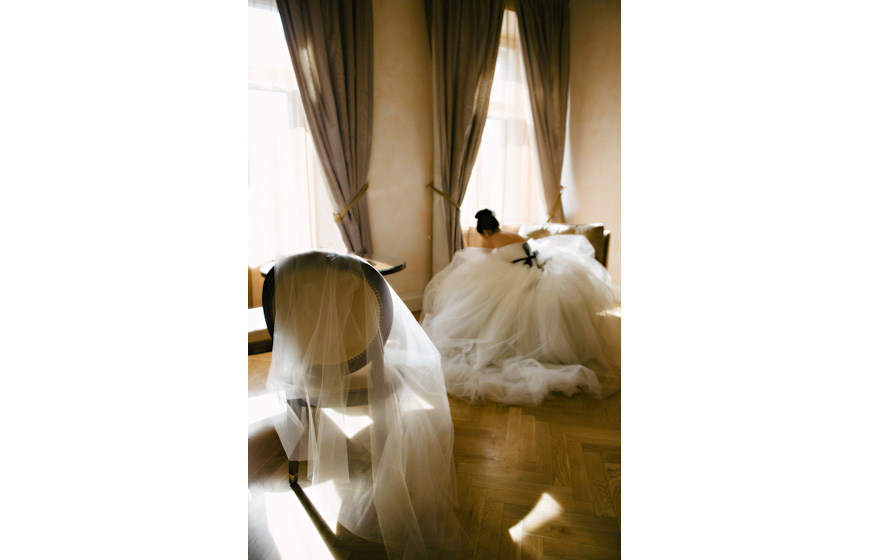 Stylish wedding photo by Claire Morgan Photography, top Austria and destination wedding photographer