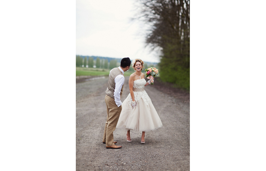 Stylish wedding photo by Michele Waite Photography, top Portland and destination wedding photography