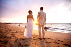 Maui_beach-wedding_Anna_Kim_Photography_top_photographer