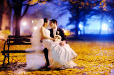 Fall wedding photograph by NYC and destination wedding photographer - Ryan Brenizer