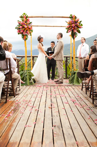 destination resort wedding Costa Rica - photos by top destination wedding photographers A Brit and A Blonde