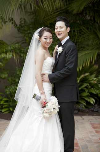 Dana Point, CA - Ritz-Carlton wedding - photos by top Southern California wedding photographer Roberto Valenzuela