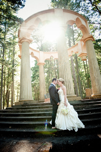 Roche Harbor resort, San Juan Island wedding - photos by Laurel McConnell Photography with Barbie Hull