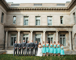 fall wedding at the historic Gale Mansion, Minneapolis, MN - photos by MN based wedding photographer Geneoh Photography