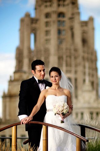 downtown Chicago wedding, Trump International Hotel and Tower - photos by top Chicago wedding photographer Kevin Weinstein