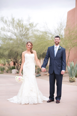 glamorous wedding at Sheraton Wild Horse Pass with photos by Melissa Jill Photography