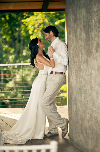 wedding at Punto de Vista with photos by A Brit and A Blonde Photography