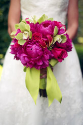 pink and green wedding bouquet photo by alison conklin photography
