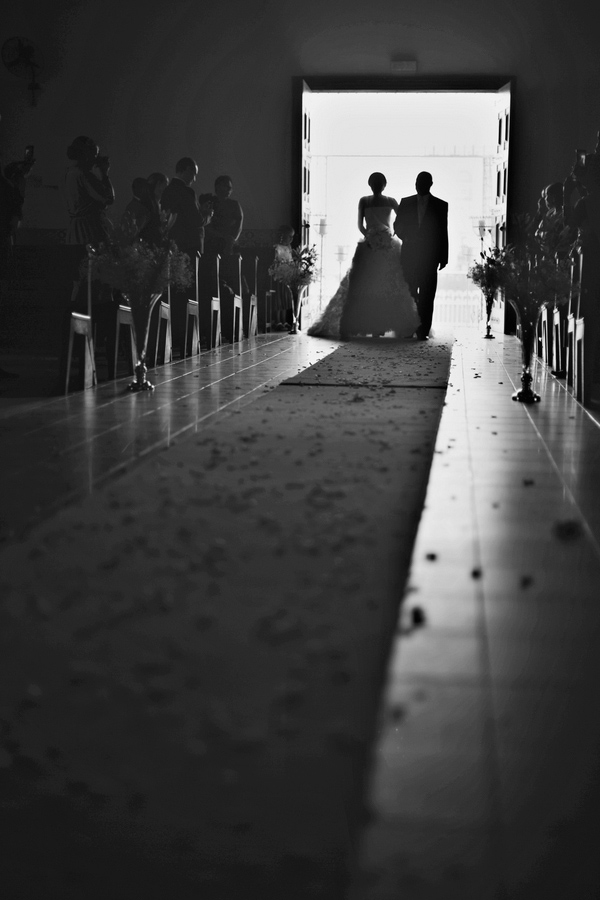 Angola, Africa Wedding with Photos by Melissa Jill Photography | via junebugweddings.com (23)