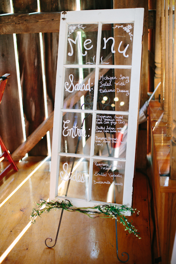 sunny rustic barn wedding in Michigan with photos by Dan Stewart | via junebugweddings.com