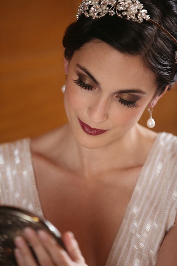 art deco glam wedding inspiration shoot with photos by Andria Lo | via junebugweddings.com