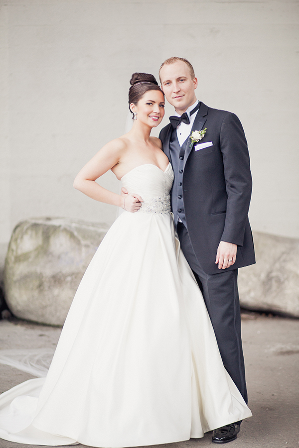 how to achieve a timeless classic bridal party look junebug weddings