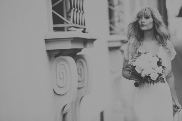 intimate wedding in Florence, Italy, photos by Italian wedding photographers Alessandro and Veronica Roncaglione | via junebugweddings.com