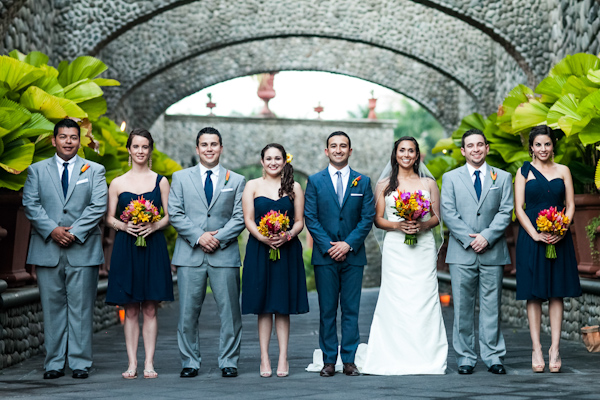 tropical Costa Rica destination wedding with photography by A Brit & A Blonde | junebugweddings.com