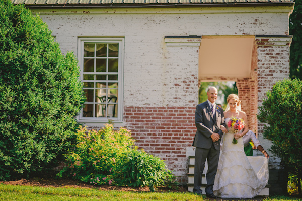 West Virginia countryside estate with photos by The Oberports | via junebugweddings.com