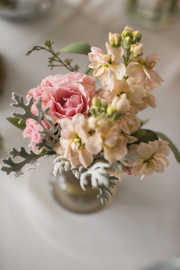 blush and gold california wedding at private family estate, wedding photos by D. Park Photography | via junebugweddings.com