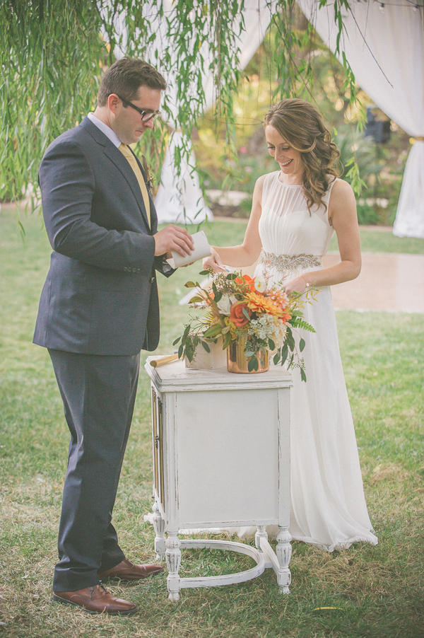 autumnal backyard wedding in Granite Bay, California with photos by Kris Holland Photography | junebugweddings.com (24)