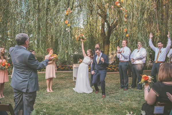 autumnal backyard wedding in Granite Bay, California with photos by Kris Holland Photography | junebugweddings.com (20)