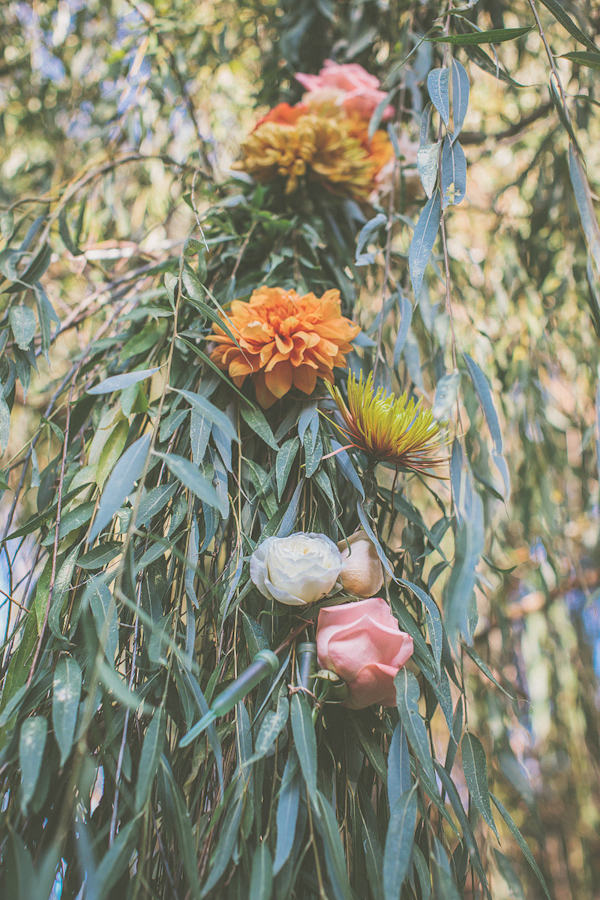 autumnal backyard wedding in Granite Bay, California with photos by Kris Holland Photography | junebugweddings.com (11)
