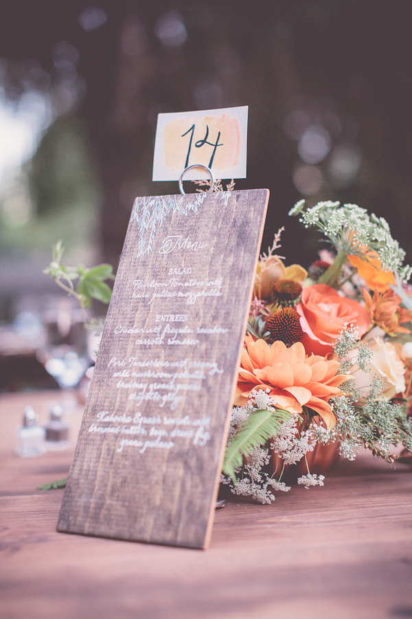 autumnal backyard wedding in Granite Bay, California with photos by Kris Holland Photography | junebugweddings.com (6)