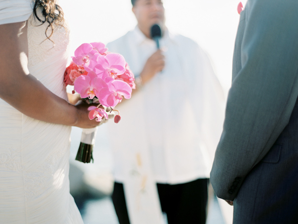 Cinco de Mayo destination wedding in Cabos San Lucas with photos by Jillian Mitchell | via junebugweddings.com (24)