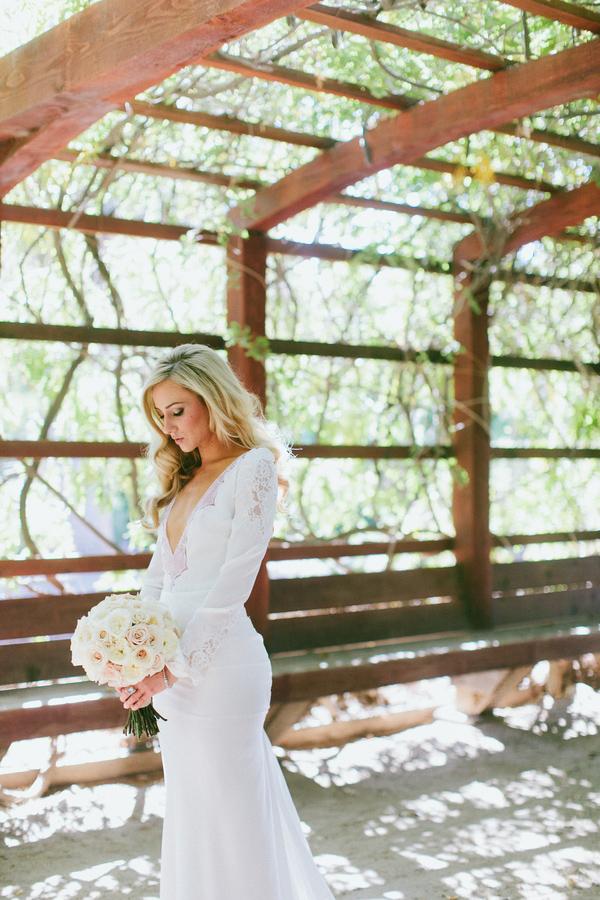 Dramatic And Sophisticated Bridal Style Photos By Wai Reyes Photography Via Junebugweddings