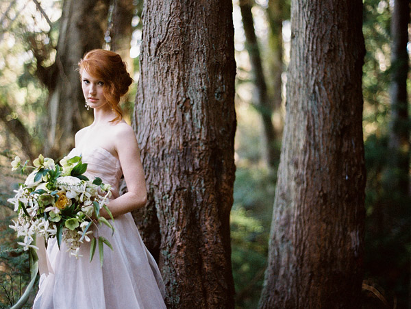 enchanted woodland bridal style inspiration shoot from Ryan Flynn Photography | via junebugweddings.com (12)