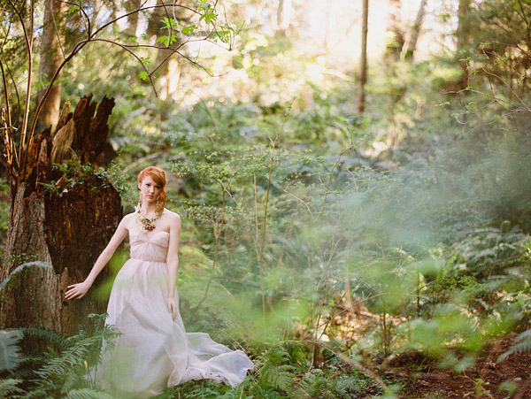 enchanted woodland bridal style inspiration shoot from Ryan Flynn Photography | via junebugweddings.com (10)