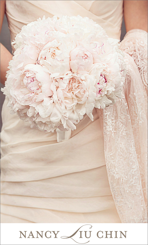 favorite-member-bouquets-of-2013-Nancy-Liu-Chin-photo-by-Danny-Dong