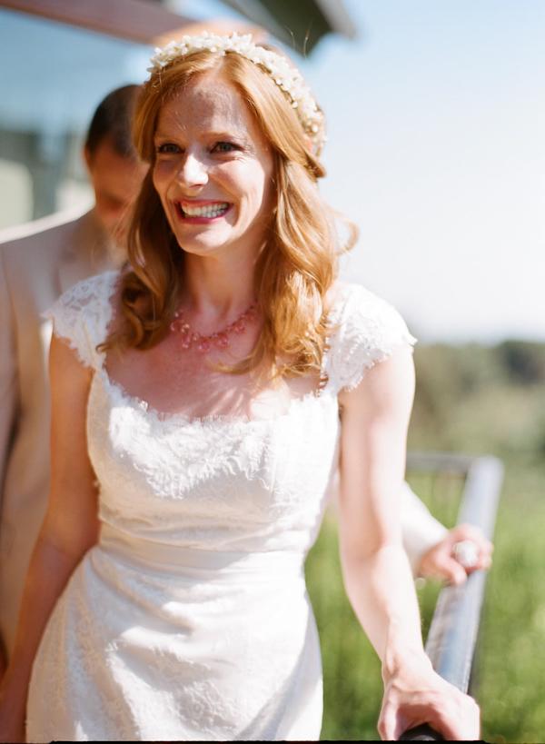 coral and teal California wedding from XOXO Bride with photos by Raya Carlisle | via junebugweddings.com (26)