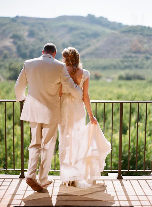coral and teal California wedding from XOXO Bride with photos by Raya Carlisle | via junebugweddings.com (25)