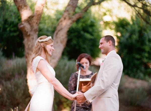 coral and teal California wedding from XOXO Bride with photos by Raya Carlisle | via junebugweddings.com (18)