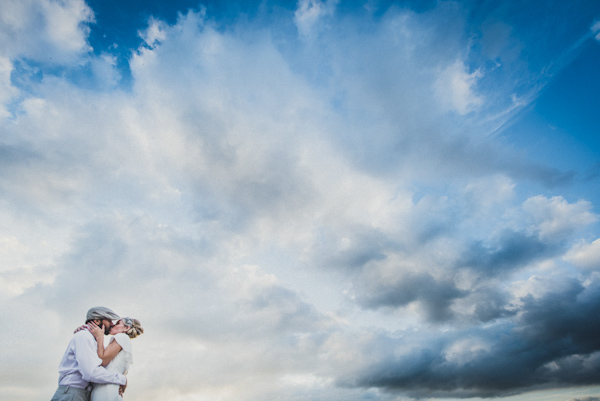 picturesque elopement in Tuscany with photography by Roberto Panciatici | via junebugweddings.com (28)
