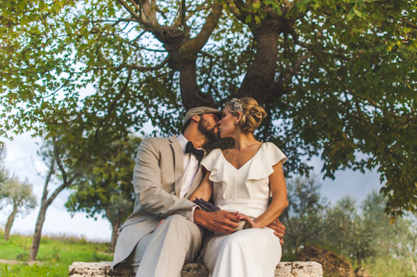 picturesque elopement in Tuscany with photography by Roberto Panciatici | via junebugweddings.com (19)