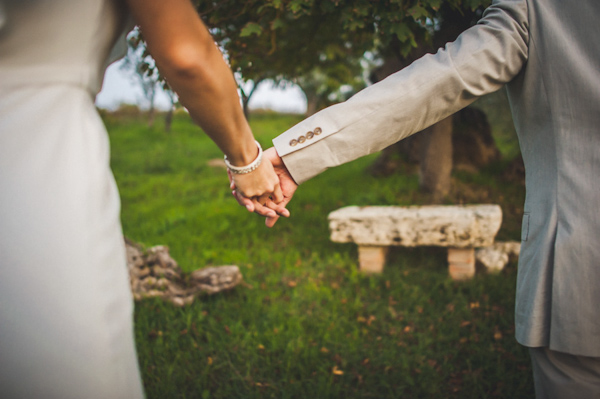 picturesque elopement in Tuscany with photography by Roberto Panciatici | via junebugweddings.com (18)