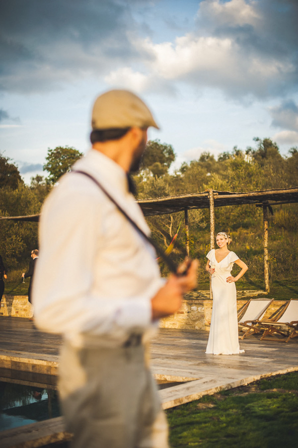 picturesque elopement in Tuscany with photography by Roberto Panciatici | via junebugweddings.com (16)