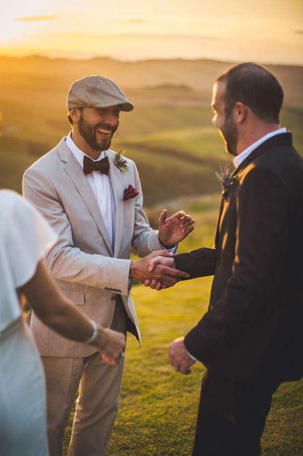 picturesque elopement in Tuscany with photography by Roberto Panciatici | via junebugweddings.com (13)