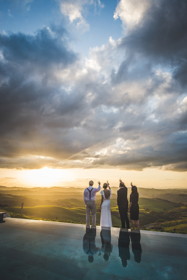 picturesque elopement in Tuscany with photography by Roberto Panciatici | via junebugweddings.com (9)