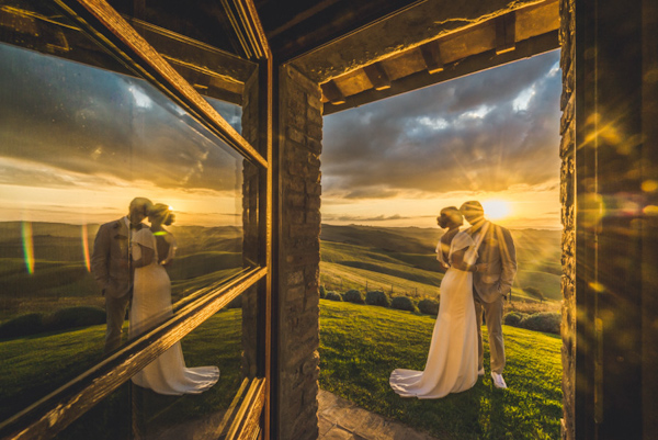 picturesque elopement in Tuscany with photography by Roberto Panciatici | via junebugweddings.com (7)