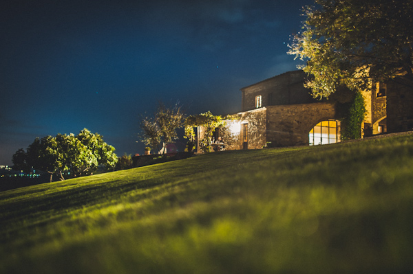 picturesque elopement in Tuscany with photography by Roberto Panciatici | via junebugweddings.com (1)