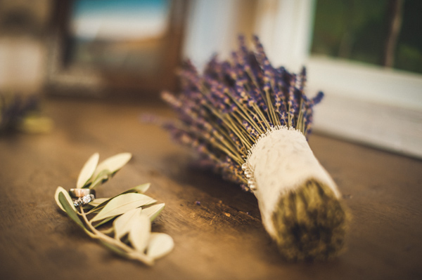 picturesque elopement in Tuscany with photography by Roberto Panciatici | via junebugweddings.com (26)