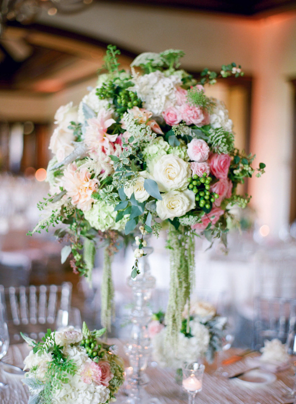 pink and cream wedding at the Big Canyon Country Club, photo by Troy Grover Photographers | via junebugweddings.com (6)