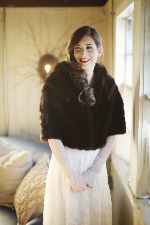 warm and cozy winter wedding, photo by Alison Conklin Photography | via junebugweddings.com
