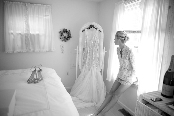 intimate New Jersey wedding at Haven Beach, photos by Sarah DiCicco Photography