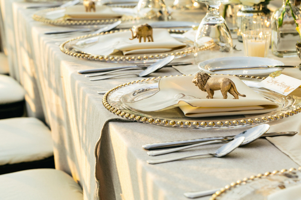 & Wedding Decor Inspiration - Amazing Table Settings | Junebug Weddings